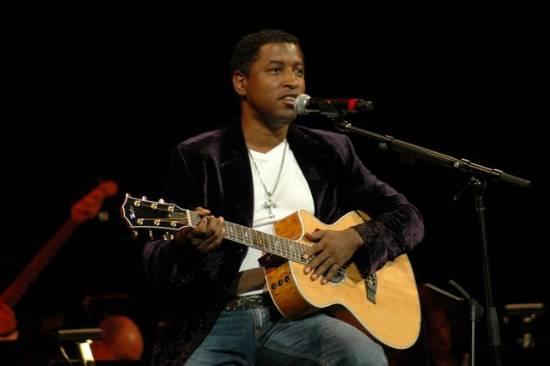dates_2011_kenny-babyface-edmonds_tour_883.png